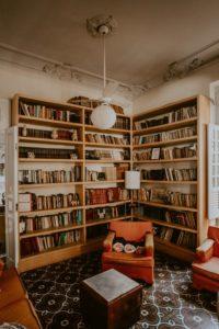 Salon dans un appartement ancien