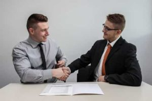 Comment signer un contrat de gestion locative.