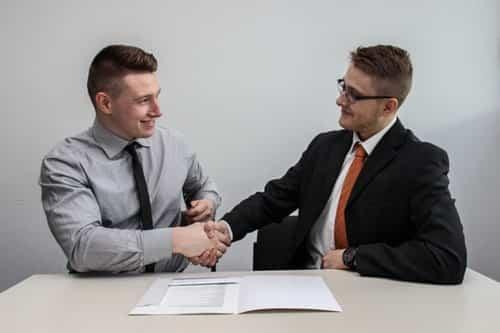 Contrat de gestion immobilière : est-ce réellement intéressant ?